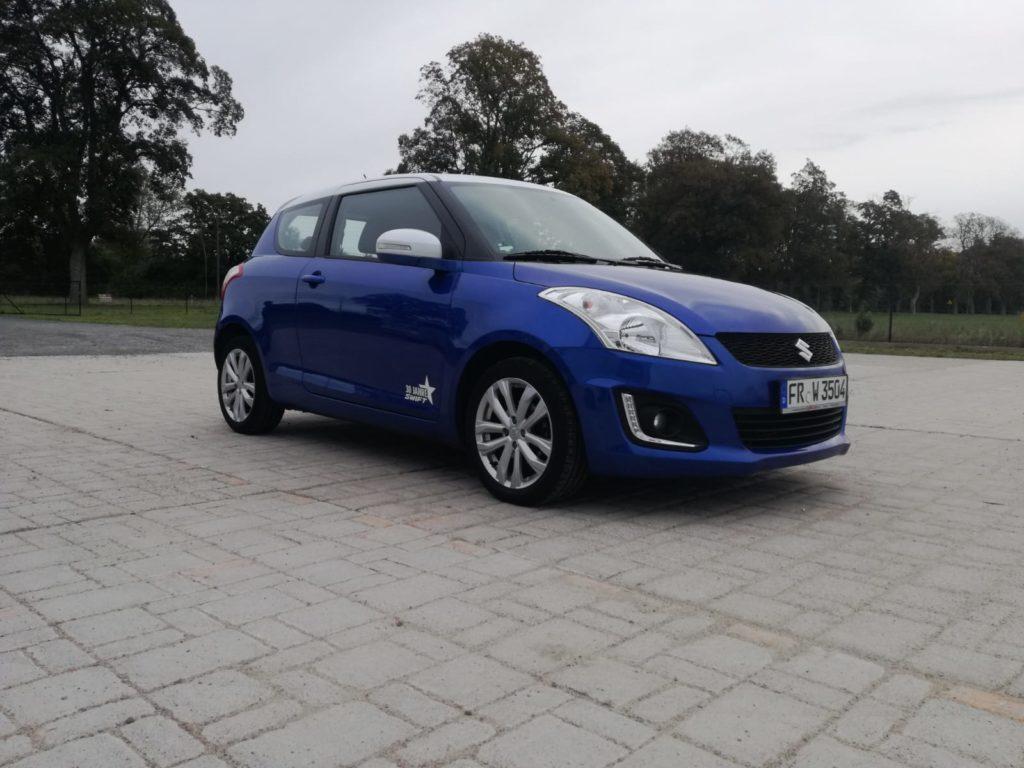 samochód suzuki swift 2013